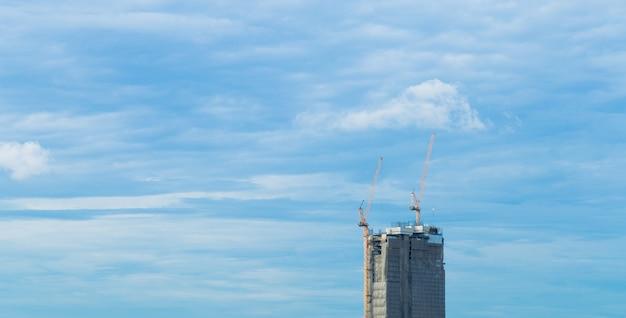 Immeubles de grande hauteur.