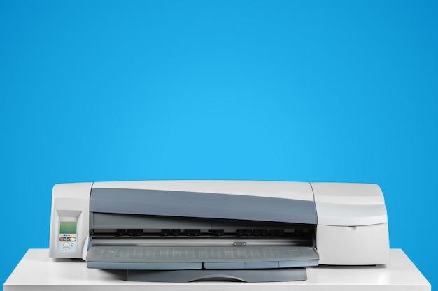 Imprimante, copieur, scanner. table de bureau