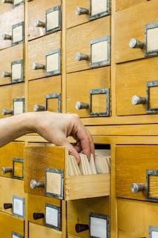 Index des cartes de la bibliothèque ouverte du bibliothécaire.
