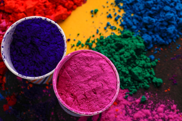 Indian festival holi, couleurs en coupe
