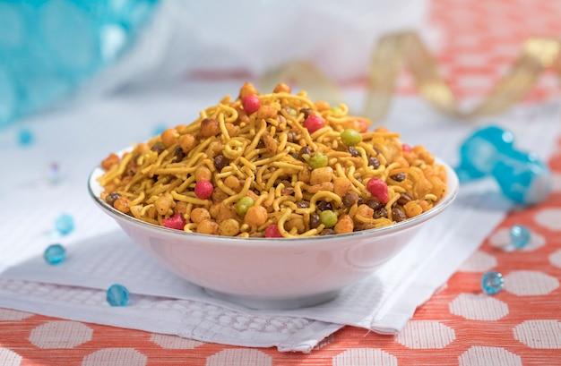 Indian mix namkeen