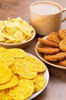 Indian street snack food sur vintage