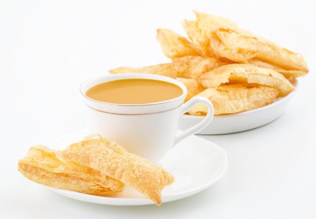 Indian tea time petit déjeuner khari