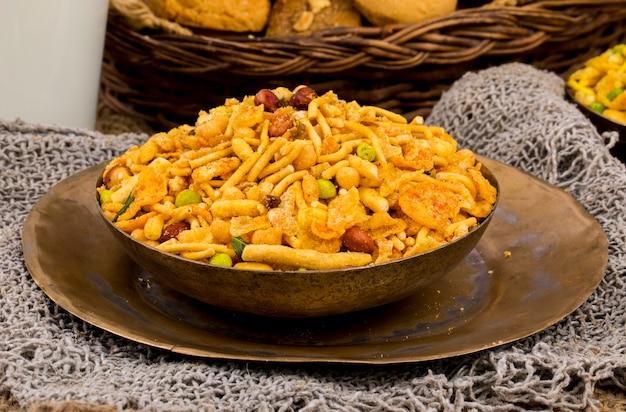 Indien délicieux et croquant mix namkeen food