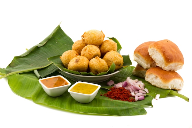 Indienne street food vada pav