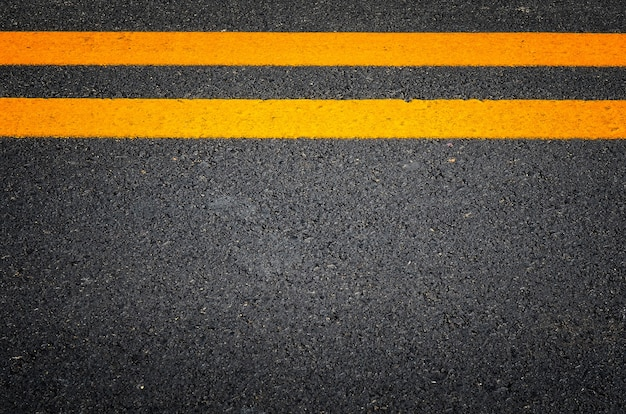 Ines de la circulation sur les routes pavées