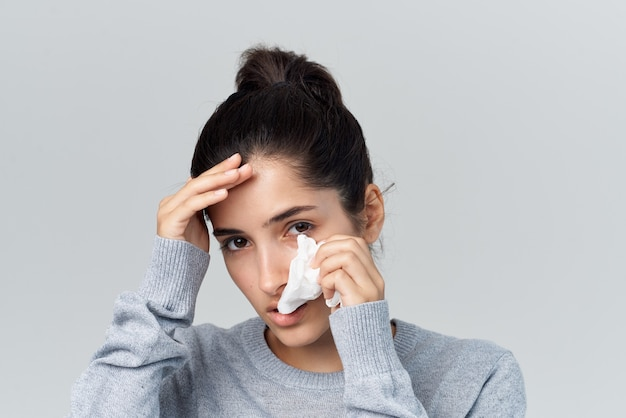Infection de traitement de problèmes de santé de femme malade