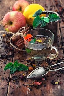 Infuser du thé