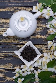 Infuseur de thé noir sec