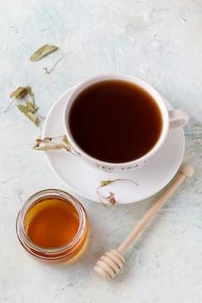 Infusion de thé et sucre