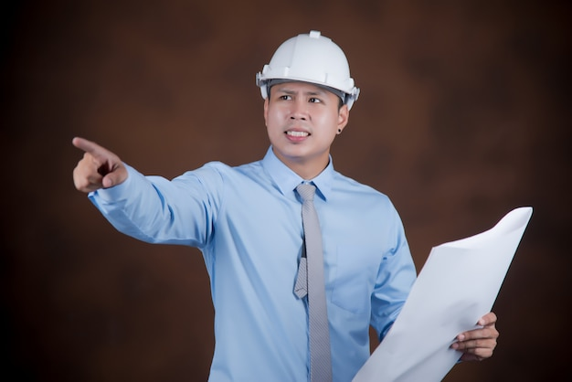 Ingénieur homme, concept travailleur de la construction