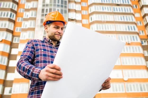 Ingénieur ouvrier ingénieur homme construction