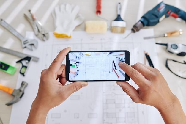 Ingénieur photographie plan de maison