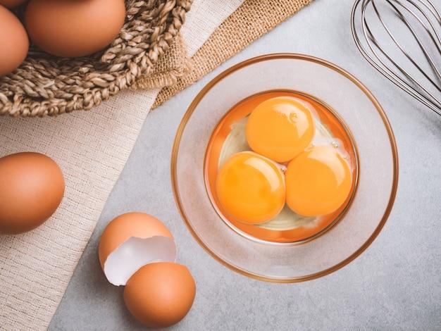 Ingrédients alimentaires d'œufs de poulet biologiques