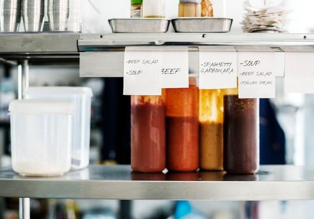 Ingrédients de cuisine dans la cuisine