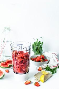 Ingrédients de jus de limonade de pastèque de fraise