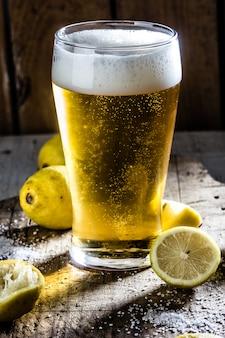 Ingrédients pour boisson à la bière chilienne mexicaine - michelada