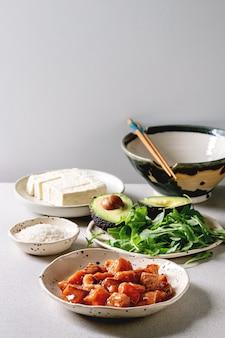Ingrédients pour poke bowl