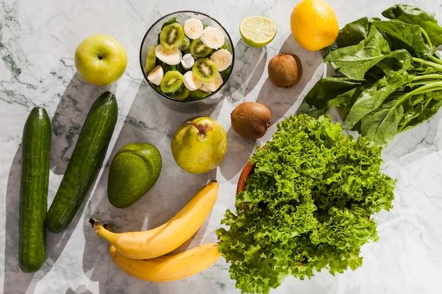 Ingrédients pour une salade saine