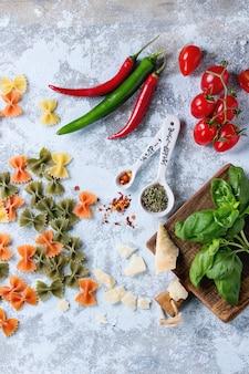 Ingrédients pour la sauce pour pâtes