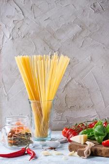 Ingrédients pour la sauce à spaghetti