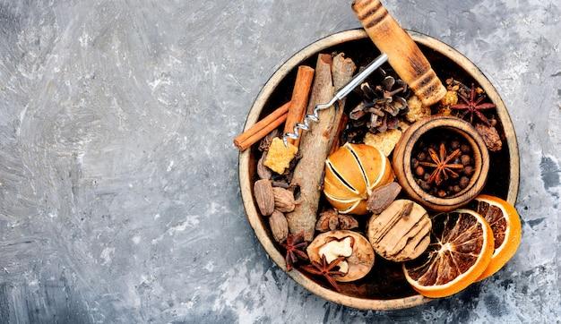 Ingrédients pour le vin chaud