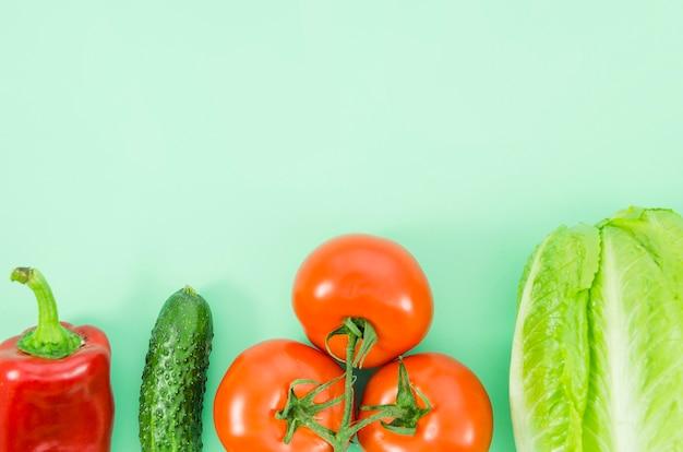 Ingrédients sains inclus dans une salade