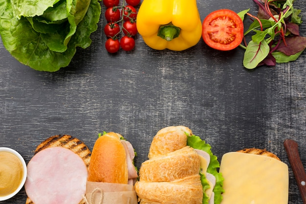 Ingrédients et sandwichs biologiques