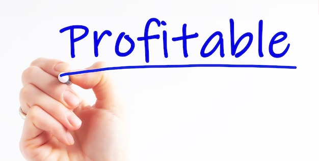 Inscription d'écriture à la main rentable avec marqueur de couleur bleue, concept, image de stock. faites-moi savoir quand vous souhaitez réserver une consultation en investissement.