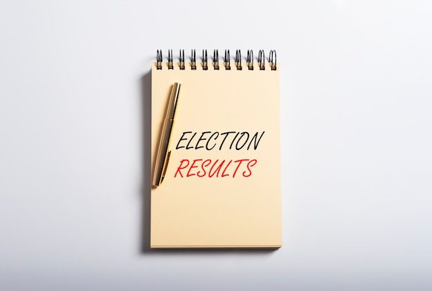 Inscription des résultats des élections. récapitulatif des sondages. aperçu du vote.