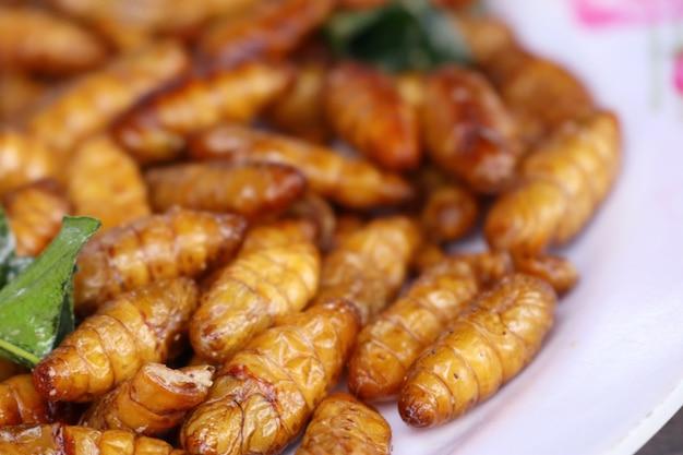 Insecte frit à street food