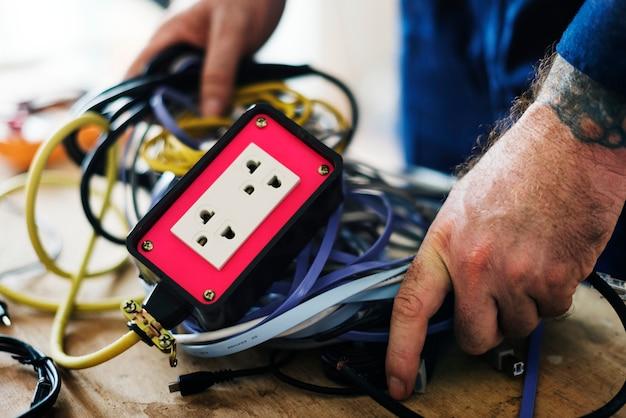 Installation de réparation d'un atelier d'électricien