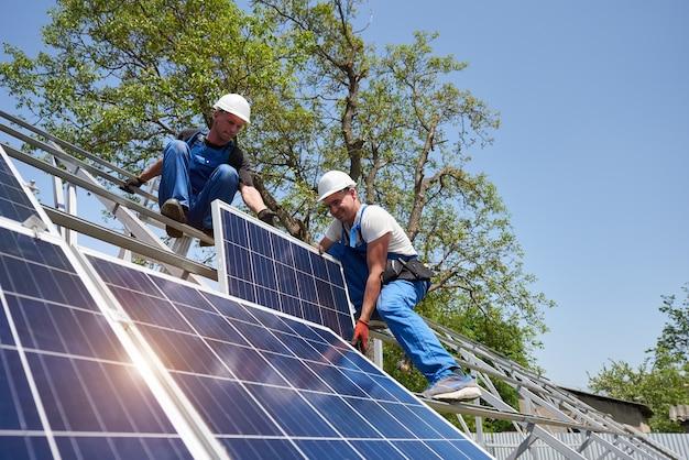 Installation de système de panneau solaire autonome, énergie verte renouvelable