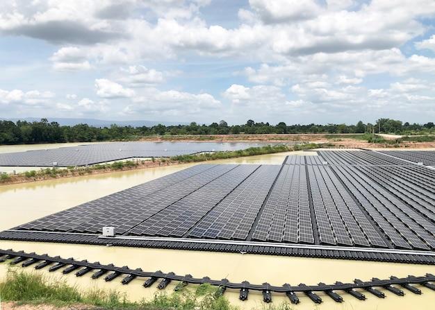 Installations solaires photovoltaïques flottantes système solaire photovoltaïque flottant