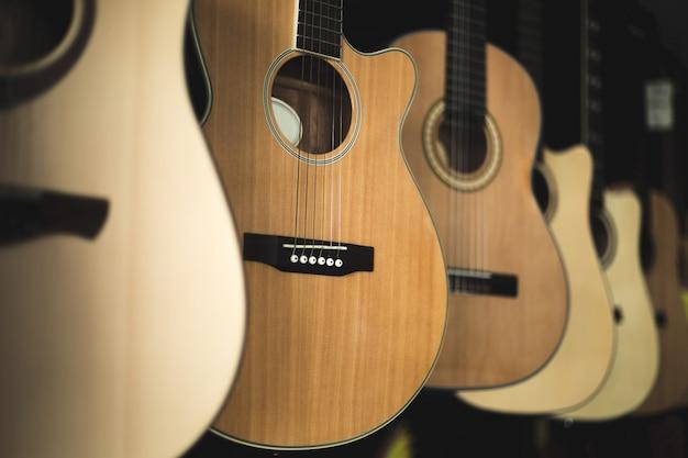Instrument de guitare acoustique
