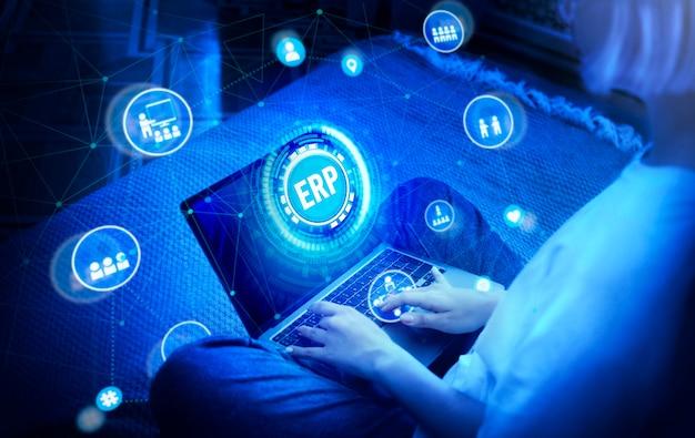 Interface holographique de planification des ressources d'entreprise