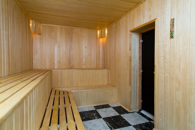 Intérieur du sauna finlandais