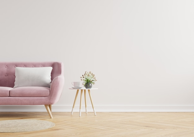 Intérieur minimaliste moderne avec un canapé sur un mur blanc vide