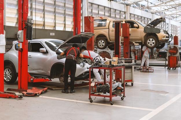 Intérieur, réparation, voiture, garage, station-service
