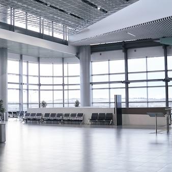 Intérieur d'une salle d'attente déserte à l'aéroport ou à la gare