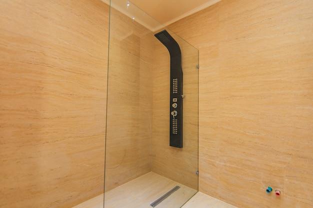 L'intérieur de la salle de bain design d'intérieur salle de bain