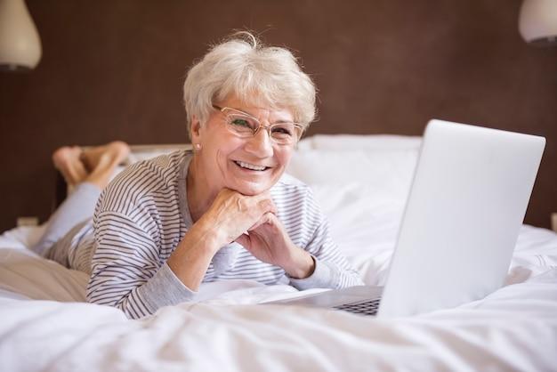 Internet sans fil à la maison est très confortable