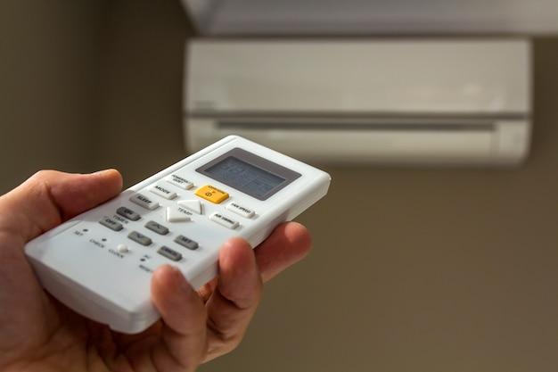 Interrupteur de commande à main de climatiseur domestique
