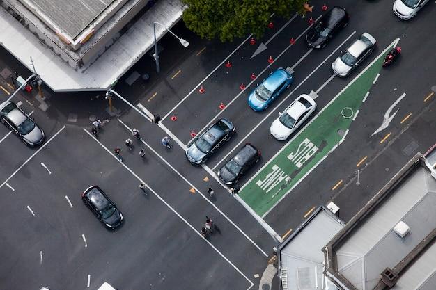 Intersection de la circulation à auckland nouvelle-zélande