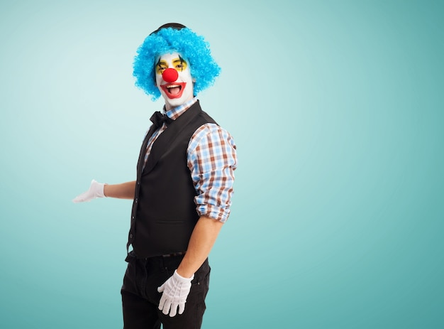 Invitant clown pour entrer