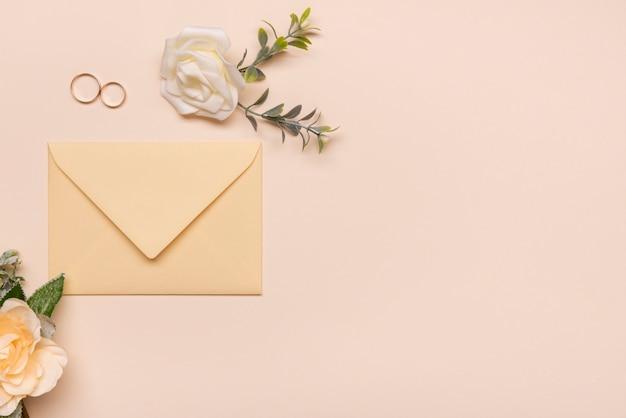 Invitation de mariage de papeterie avec espace copie