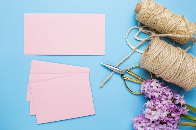 Invitations de mariage rose plat