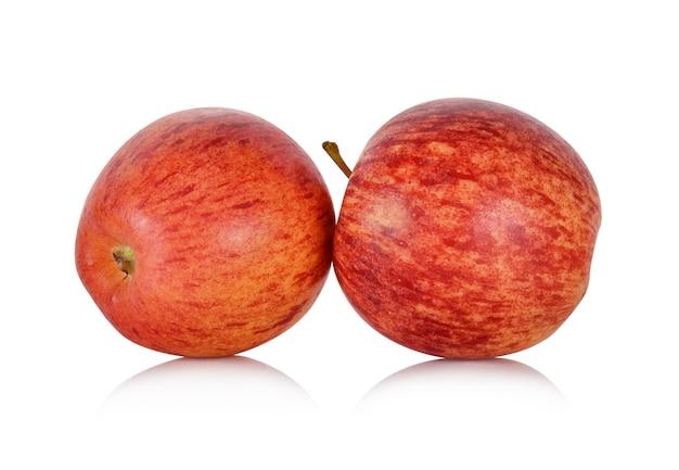 Isoler les pommes gala sur fond blanc