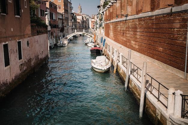 Italie beauté, une des rues du canal à venise, venezia