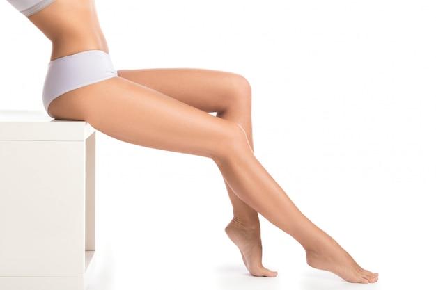 Jambes féminines